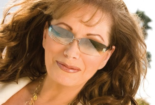 Jackie Collins talks her new cookbook and Hollywood