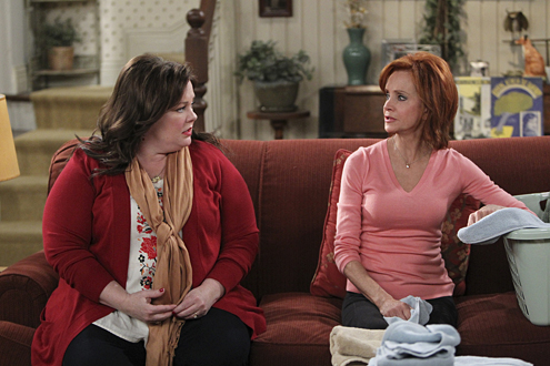 Swoosie Kurtz on Mike and Molly - Image Credit TVGuide.com