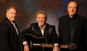 Gatlin Brothers To Present Kenny Rogers With Lifetime Achievement Award