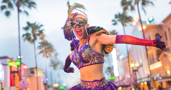 Universal Studios Orlando 2017 Mardi Gras Lineup | Eat Play Rock