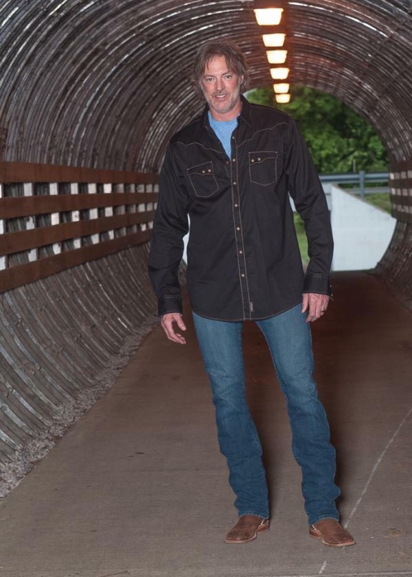 Tennessee To Honor Darryl Worley With Joint Resolution
