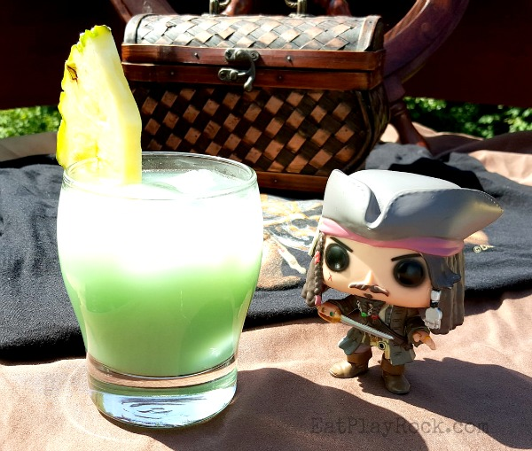 Easy Tropical Pirate Rum Punch Recipe #RumOn #PiratesLifeEvent