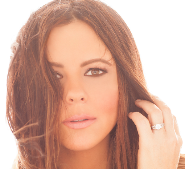 Sara Evans 'Words' To Debut July 21st