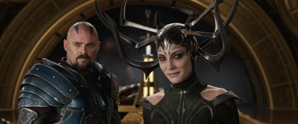 The Latest Thor Ragnarok Trailer, Poster & Film Stills #ThorRagnarok