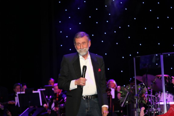 Ray Stevens Unveils CabaRay Amidst A Who's Who Of Nashville's Music Industry